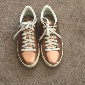 Rose gold puma sneakers. Size 8